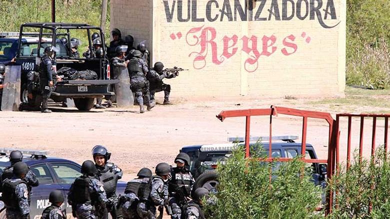 Enfrentamiento entre Policía y maestros de la CNTE en Oaxaca