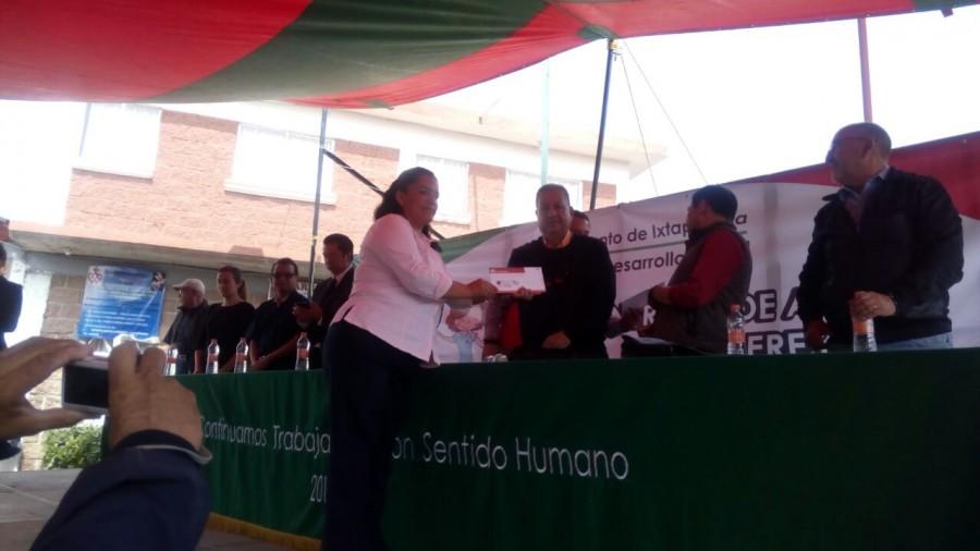 Catequistas reciben tarjeta estatal Mujeres que logran en grande