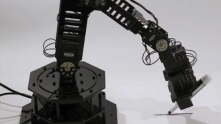Investigadores de la Universidad de Colombia crearon robot capaz de imaginarse a sí mismo