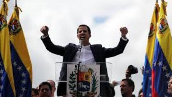 Guaidó llama a nuevas protestas contra maduro