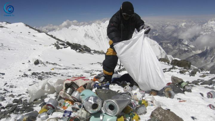 Reciclarán toneladas de basura retiradas del Monte Everest