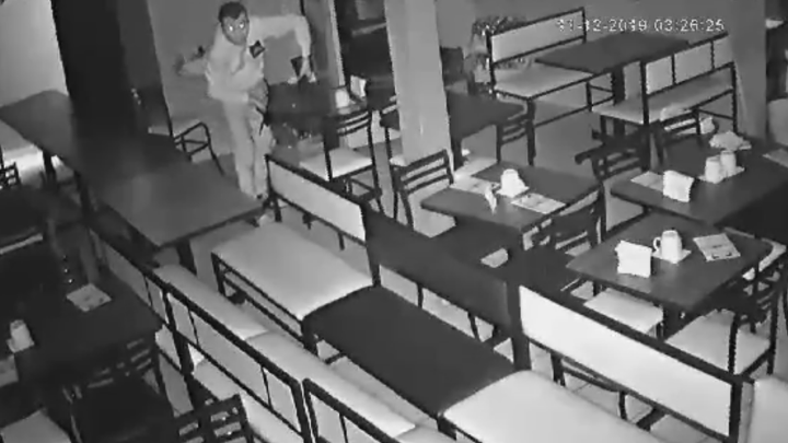 Lo Viral   Roban televisor de un restaurante en Guadalajara