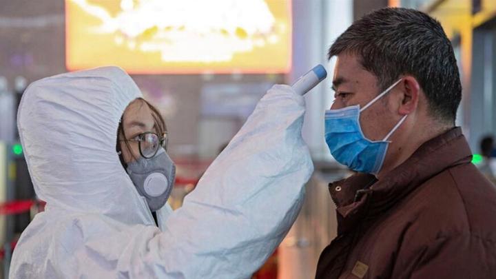 OMS eleva a 'alto' el riesgo internacional por coronavirus