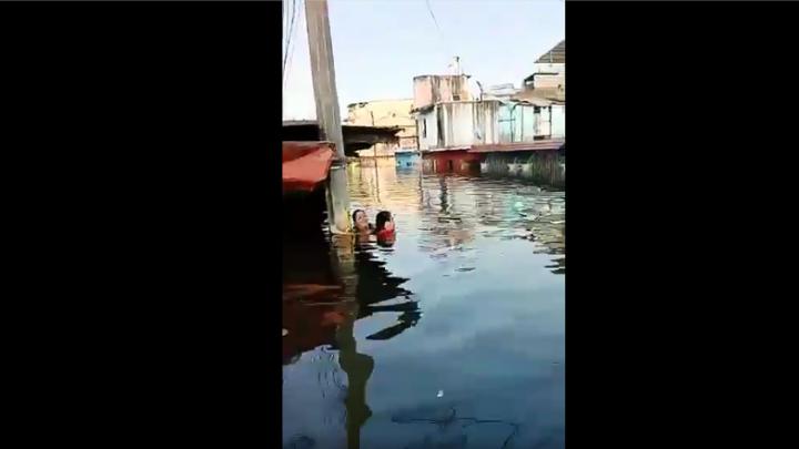 Tabasco inundado hasta el cuello IPCET pide ayuda a asociaciones altruistas