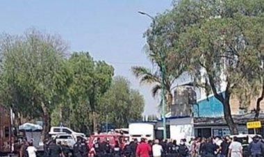 Se desata trifulca entre municipales y agentes de la Fiscalía en Cuautitlán Izcalli
