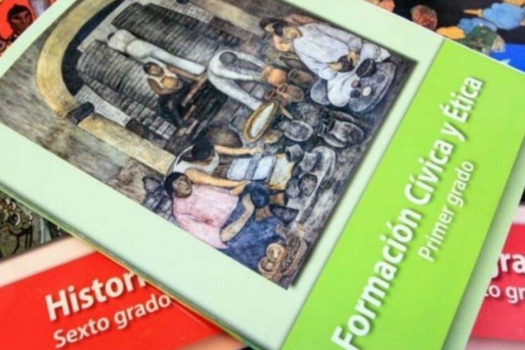 SEP delega a docentes diseño de nuevos libros, pero carece de planes de estudio