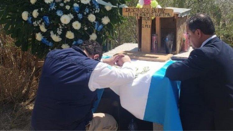 Repatrian restos de 16 migrantes guatemaltecos calcinados en Tamaulipas