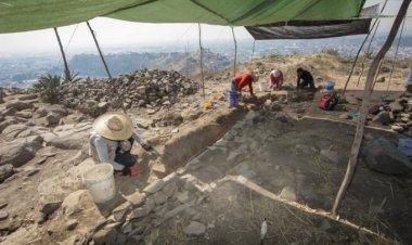 Universitarios registran hallazgos arqueológicos en el Cerro del Toloche