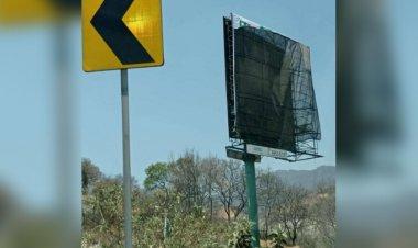 Atacan propaganda partidista y electoral del PRI en Huixquilucan