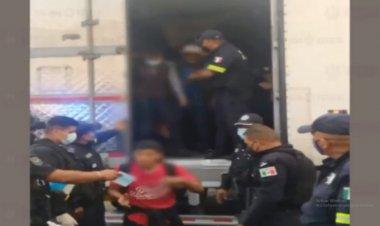 Rescatan a 47 guatemaltecos en la México-Querétaro