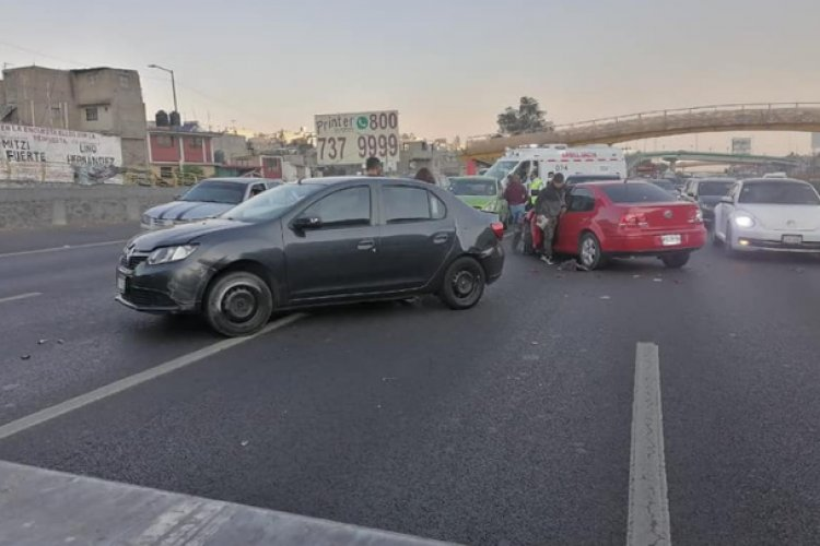 Carambola en la México-Puebla deja dos lesionados