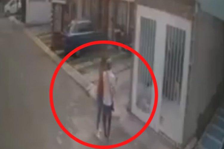 Captan brutal agresión contra mujer en Ecatepec