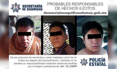 Sujetos roban vehículo en Ecatepec para luego desmantelarlo