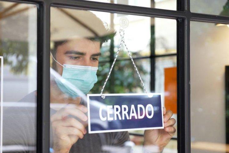 Pandemia dejó en números rojos al 85% las empresas en México: Inegi