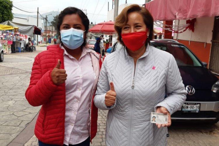 Acuden a votar candidatas del PRI de Ixtapaluca