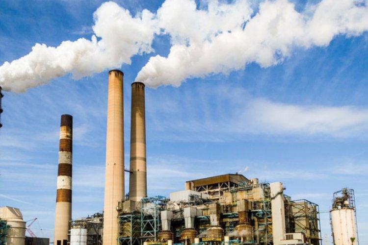En abril cae actividad industrial en México
