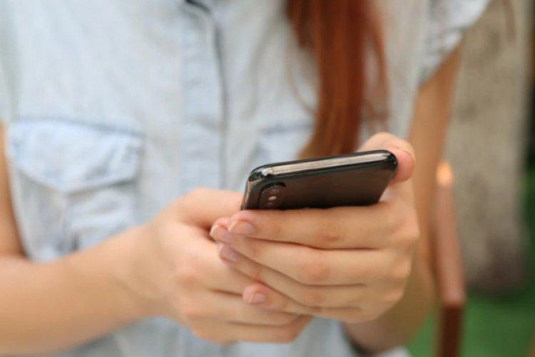 Corte concede suspensión provisional contra padrón de telefonía móvil