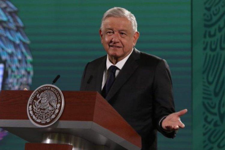 """""""No es patito"""": AMLO defiende encuesta que muestra aprobación a su mandato"""