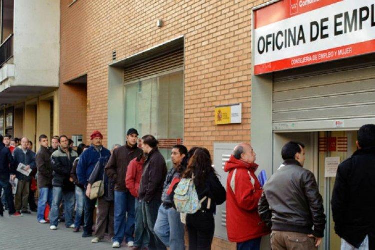 Recuperación tardía del empleo puede provocar desempleo a largo plazo: OCDE