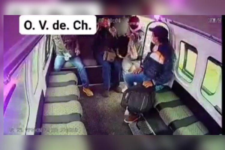 Video: intentó asaltar combi en la México-Texcoco, pero se le saló