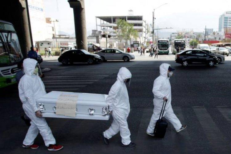 Covid-19 ha arrebatado la vida a más de cinco mil mexicanos en el extranjero