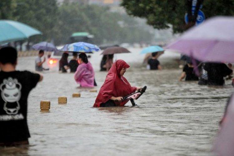 Diluvio en China deja al menos 25 muertos y miles de desplazados