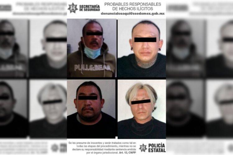 Caen cuatro sujetos con armas de grueso calibre y drogas en Tultitlán