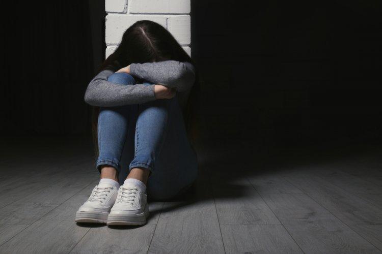 Adolescente deja su casa y es hallada poco antes de suicidarse, en Atizapán