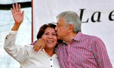 Atacan a Delfina Gómez porque la ven como candidata al Edomex, asegura AMLO
