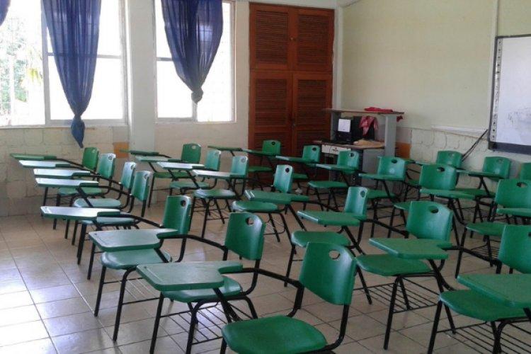 Van 39 escuelas cerradas por covid-19 en primera semana de clases