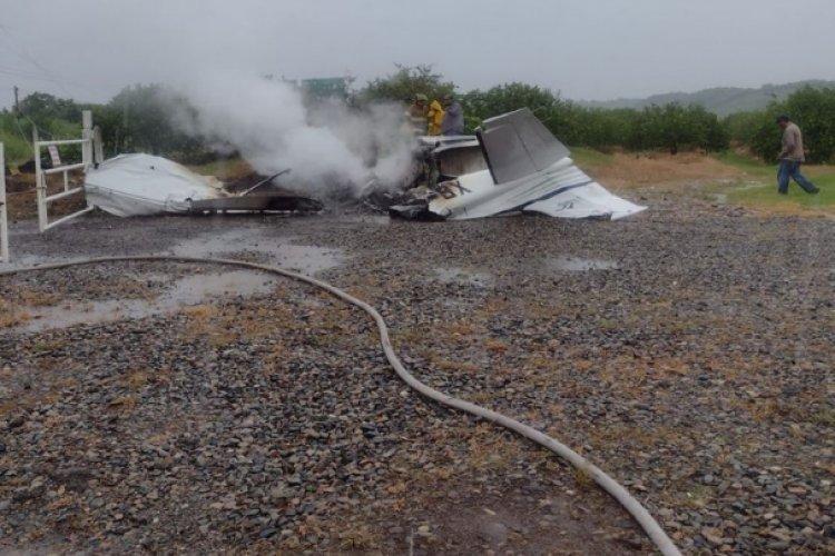 Rayo provoca caída de avioneta en Veracruz