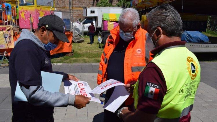 Joven casi sale volando de juego mecánico en Puebla