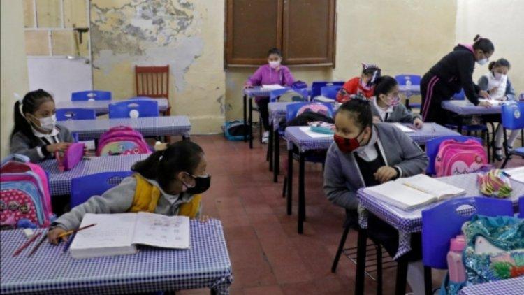 Retorno a escuelas no provocó repunte: López-Gatell
