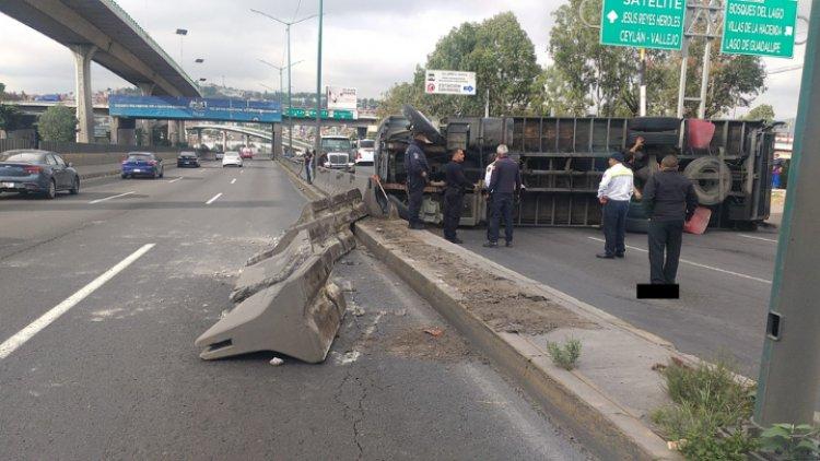 Vuelca tráiler en la México-Querétaro