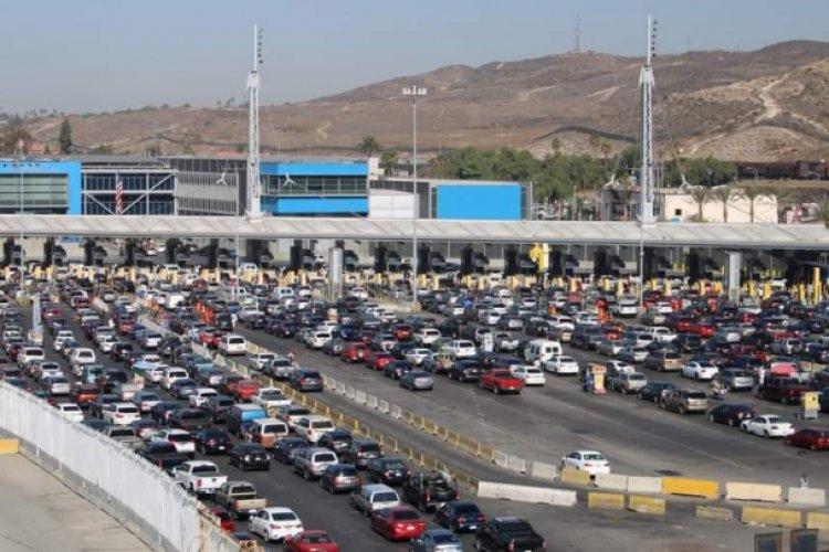 EU reabrirá frontera con México y Canadá