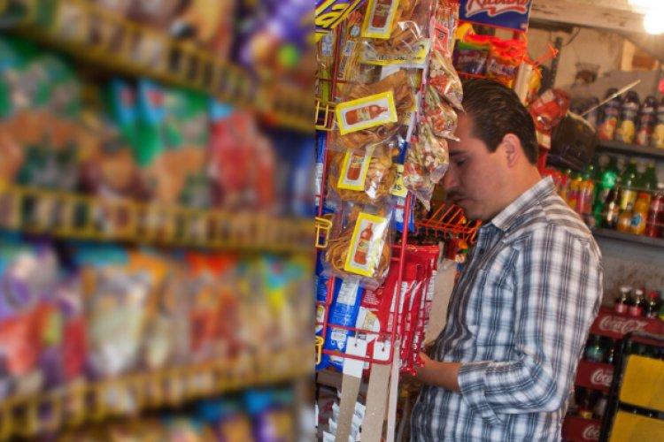 Pequeños comercios enfrentan alza de cobro de piso: ANPEC