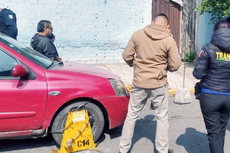 "Arrolló a trabajadora por evitar  ""araña"" en Ecatepec"